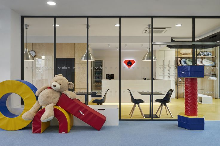 Interier a design dětské herny Mini Heroes (children gym, playground)