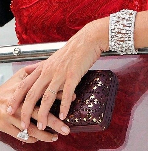 Cindy Crawford With Her Rarely Seen Engagement Ring Love