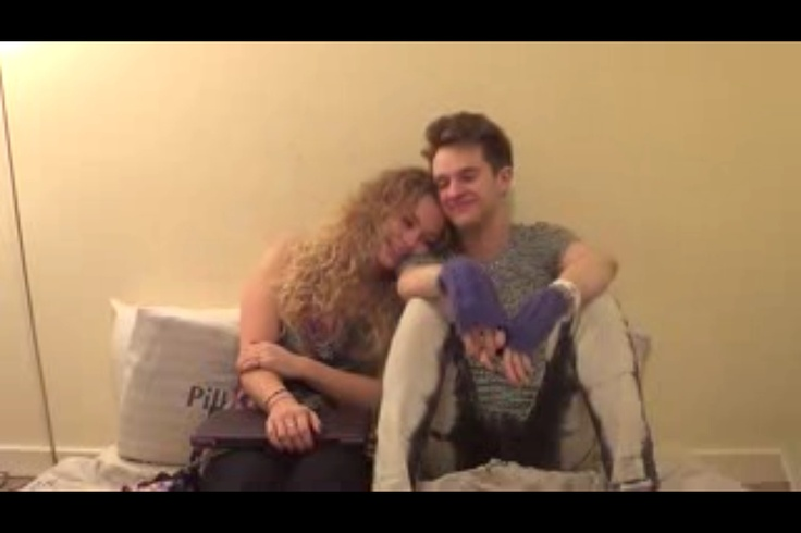 did carrie hope fletcher dating alex day on