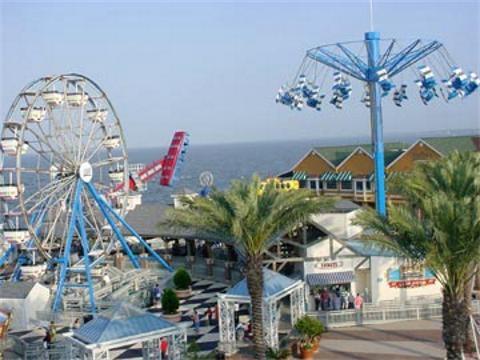 kemah boardwalk - kemah, tx: Galveston Bays, Kemah Texas, Favorite Places, Blessed Texas, Galveston Beaches, Boardwalk Fun, Kemah Boardwalk, Fun Places, Texas Trips