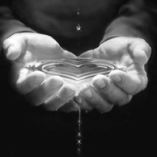 Valentijn - Valentine: July 2013, Mom Blog, Heart, God, Mothers Earth, Hands, Quote, Water Blob, Bruce Lee