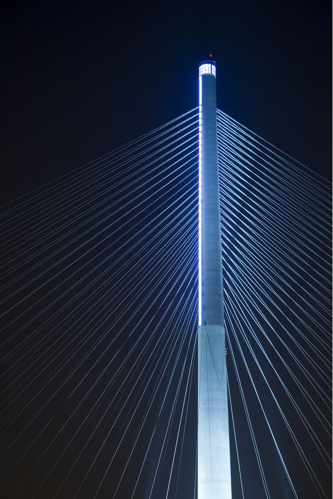 Stonecutters Bridge.  Cable-stayed motorway bridge with dual 3 lanes Hong Kong. Inaugurated in December 2009 Total length: 1592m Main span: 1016m By Danish architect firm DISSING+WEITLING.  Photo: Edward Wong