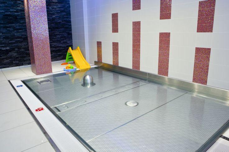 Detský bazén s vodnými atrakciami - Hotel Tenis