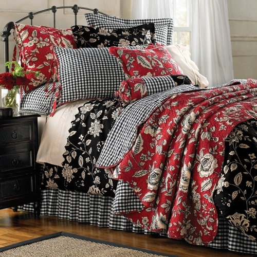 Red Black And White Bedroom Bedroom Decor Ideas For Small Rooms Neutral Color Bedroom Decor Philips Bedroom Lighting: 39 Best Beautiful Bedding Images On Pinterest