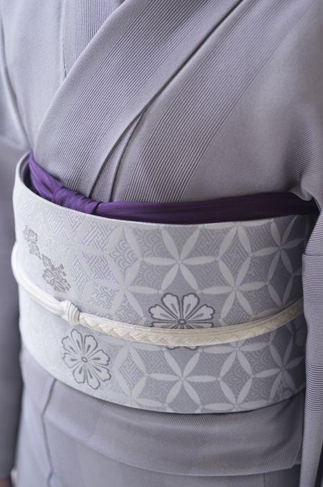お洒落な普段着物、東京 六本木の帯,きものブランド awai|週末のお洒落着物/コーディネート | ホボムジ着物で 蒔霰小紋