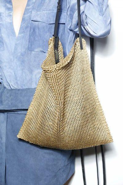 Balenciaga e la borsa Ikea (1.700 euro vs 0,60 centesimi)