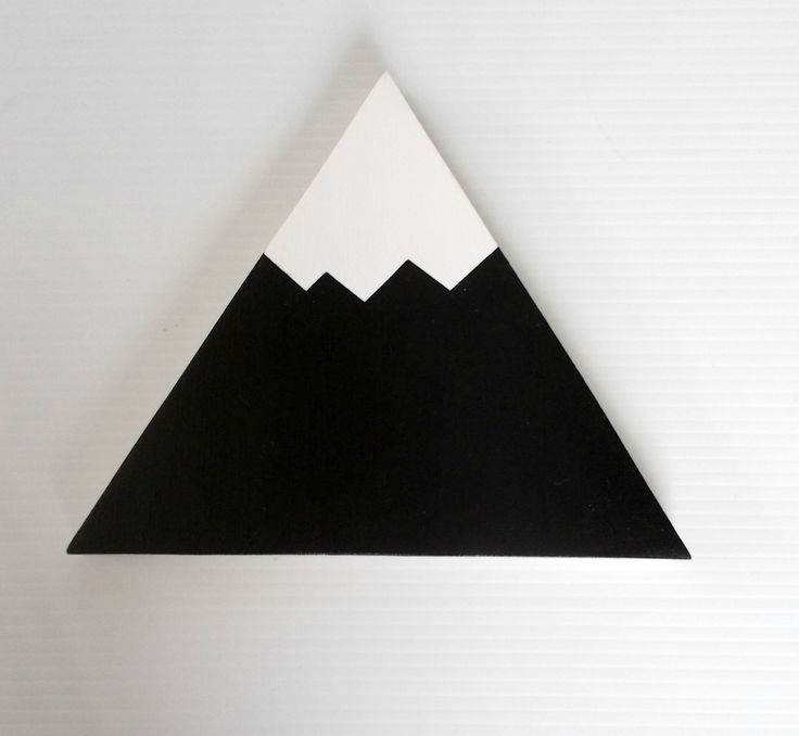 Our Black and White Mountains are the cutest addition in your little adventure's bedroom. They are a great addition to any monochrome themed bedroom.Each of our wall hooks are individual hand crafted and painted in Central Victoria. Made from sustainable plywood.Available in Standard or Removable, and as an individual or in a set of 3 (1 large, 2 small). Please see options belowSize: Large: 13.5cm (base) x 13 cm (sides)Small: 10cm (base) x 9cm (sides)Projecti...