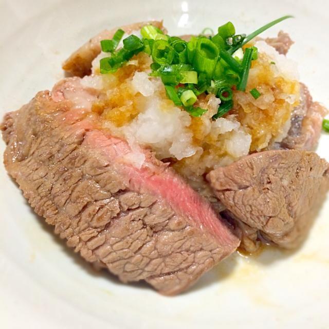 ステーキに小ネギをのせ、大根すりと、醤油、わさび、食べる♧  GOOD(つ๑>ω<๑c)♡ - 72件のもぐもぐ - 大根すりステーキ♤ by asyt42nkno527