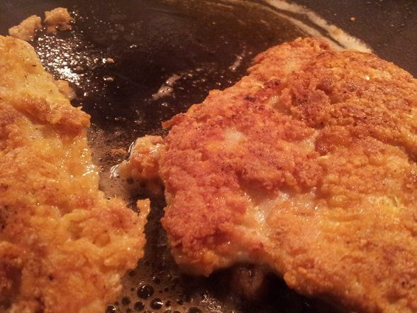 Crispy fried chicken that uses pork rinds for the breading!!