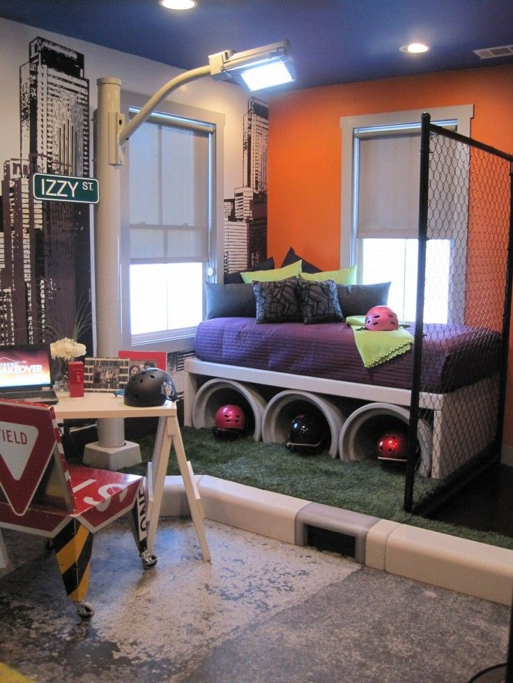 Skateboard Themed Bedroom. A little over the top but some cool elements for  sure!