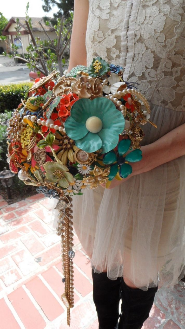 Awesome Brooch Bouquet.