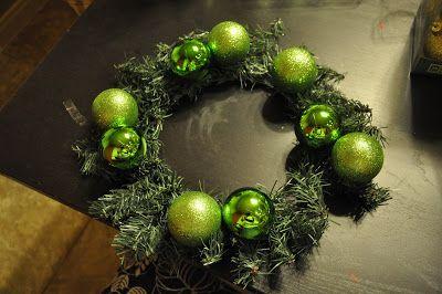 How to make a wreath trio