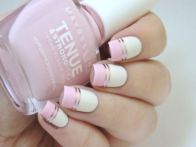 Doublegum // La manucure graphique tout en douceur - pink graphic nails with double striping tape - Barry M Coconut - Maybelline Pink in the park