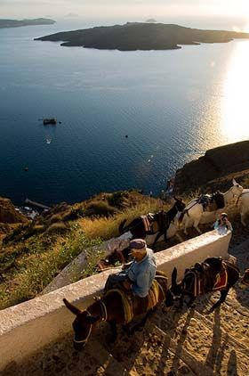 Good advice on what NOT to do in Santorini & alternative to-do's. good website.
