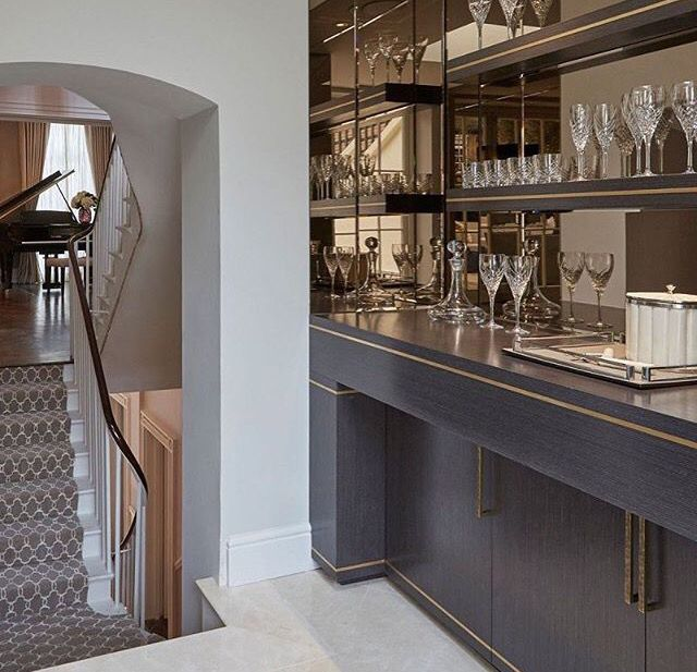 17 Incredible Contemporary Home Bar Designs You Re Going: Best 25+ Drinks Cabinet Ideas On Pinterest