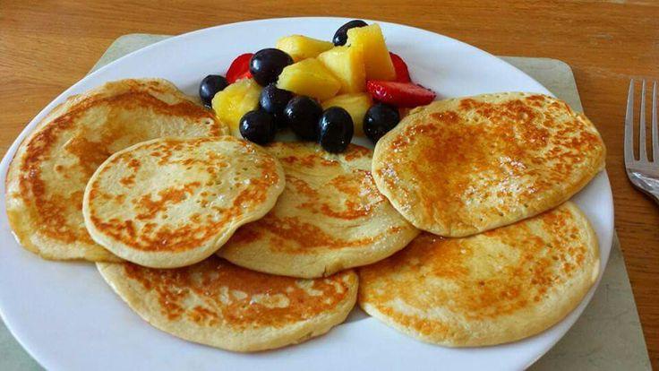 Oat pancakes  35g oats 2 eggs muller light yogurt blend frylight to cook   Recipe from Sarah slimming world recipes