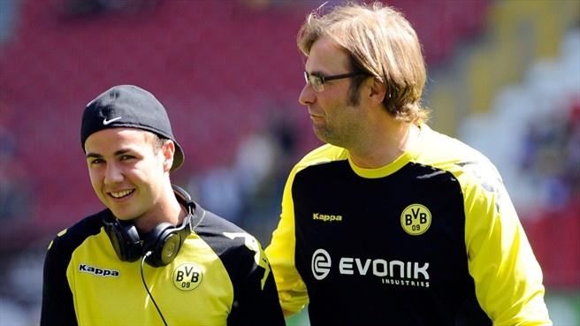 Juergen Klopp & Mario Götze (Borussia Dortmund)  Coach Juergen Klopp (R) and Mario Götze of Borussia Dortmund prior to their German Bundesliga match against 1. FC Kaiserslautern