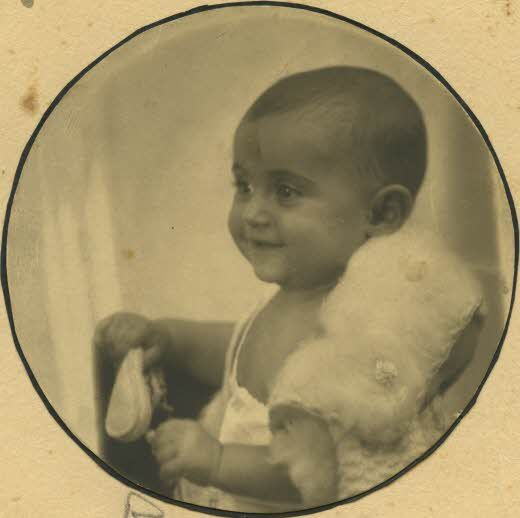 margot frank as a baby she is born on 16 february 1926 margots second name is betti she is
