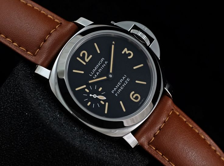 BNIB Panerai PAM001 Luminor Marina Firenze 4Liners Tritium Dial 159pcs  Ref. PAM 001 Movement     Manual winding Case material     Steel Case diameter     44 mm Glass     Sapphire Glass Bracelet material Leather Limited Edition 159piece   Condition 100% BNIB (Fullset box manual paper)  WE ARE BASED AT JAKARTA - INDONESIA please contact us for any inquiry : whatsapp : +6285723925777 blackberry pin : 2bf5e6b9 #panerai #pam001 #titanium #indoristi #bruristi #officinepanerai #paneristi