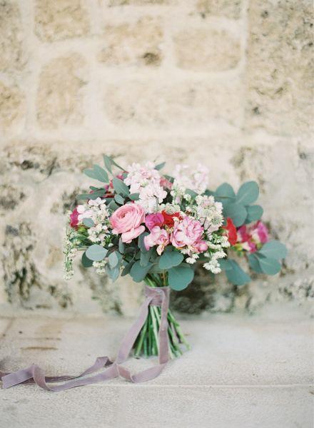 Bouquet da sposa autunnali: un caldo tocco floreale per le tue nozze Image: 7
