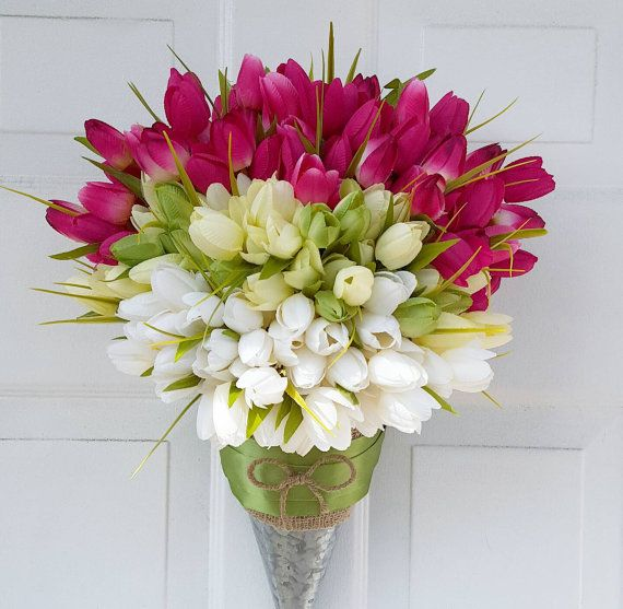 Spring Wreath - Tulip Wreath - Summer Wreath - Tulip Basket - Mothers Day Wreath - Tulip Pail - Front Door Decor - Pink Tulip Wreath