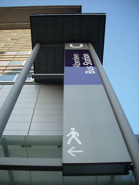 File:Aberdeen bus station sign.JPG