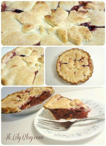 DELICIOUS Peach Berry Pie Recipe