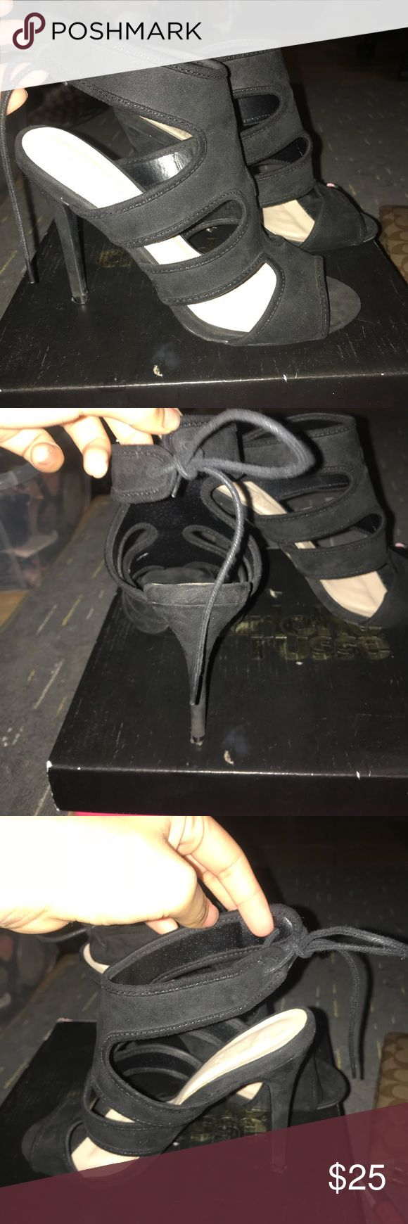 Black heels Charlotte Russe Black SUEDE LIKE NEW CONDITION ONLY WORN ONCE CHARLOTTE ROUSE HEELS STILL HAVE THE BOX VERY CUTE THEY TIE FROM THE ANCKLE WITH LACE NO TEARS OR SCRATCHES Charlotte Russe Shoes Heels