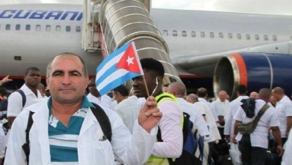 Kübalı doktorlar Irma Kasırgası'nın yaralarını sarmak üzere yola çıkıyor