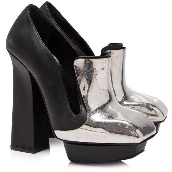 Pre-owned Alexander McQueen Leather Chunky Platform Heels (5.974.650 IDR) ❤ liked on Polyvore featuring shoes, pumps, black, high heel shoes, black leather pumps, leather shoes, platform shoes and leather platform pumps