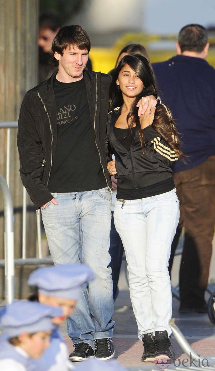 Young Messi and Antonella Roccuzzo in the beginning of their relationship