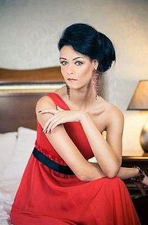 Claudia Winterfeld So Swish And Elegant Convincing