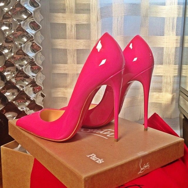 2117  Christian Louboutin Pink Pigalle - I love these sexy bubble gum pink stilletto pumps. Sexy and feminine without being trashy. And, of course, they're Louboutins.