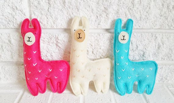 Hey, I found this really awesome Etsy listing at https://www.etsy.com/listing/471745809/cat-toys-catnip-llama-catnip-toys