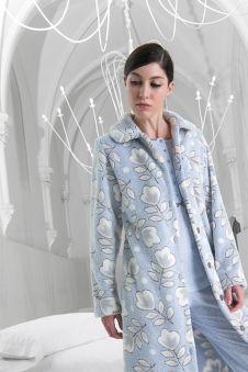 Batin iniverno mujer modelo Soft de la firma Egatex. http://www.perfumeriaelajuar.com/homewear/batines-mujer--invierno/32