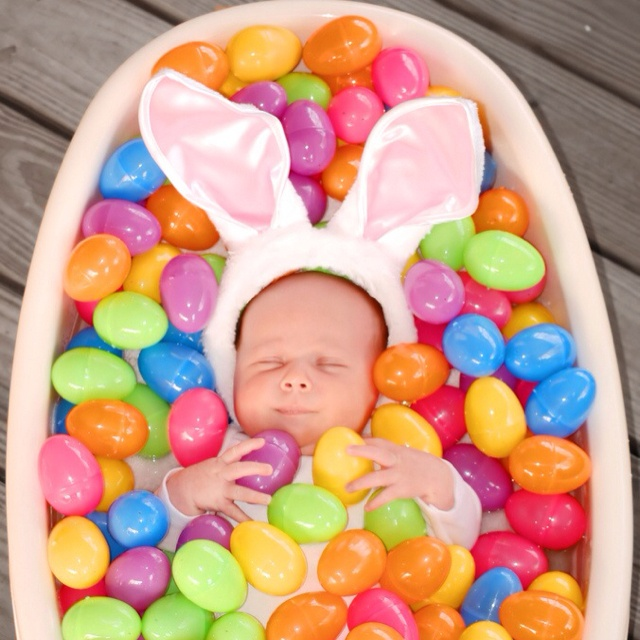 Cute 'Lil Easter Bunny I Love Easter to much not to get this done.