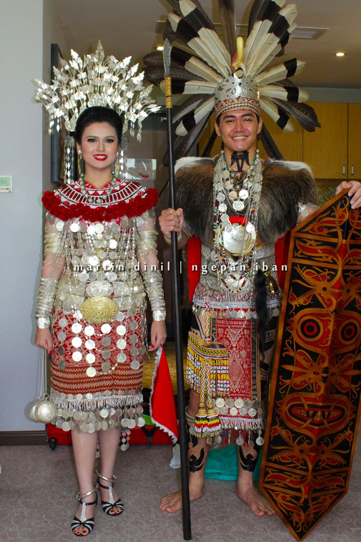 Classy and spectacular Iban traditional costume from ...