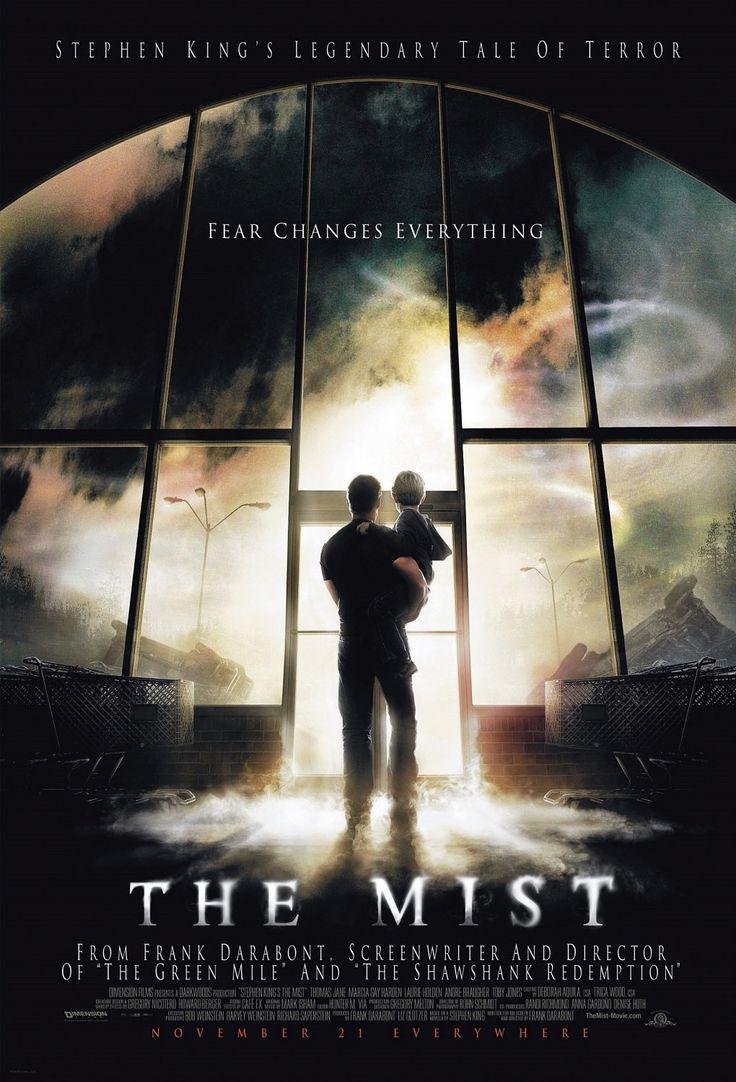 The Mist (2007)- L'histoire est celle d'un groupe de personnes qui se retrouve piégé dans un supermarché par une brume surnaturelle qui recouvre la ville, et à l'intérieur de laquelle se cachent des monstres effrayants.