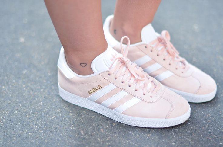 Adidas Gazelle blush pink … | Adidas gazelle, Tenis da moda, Adidas