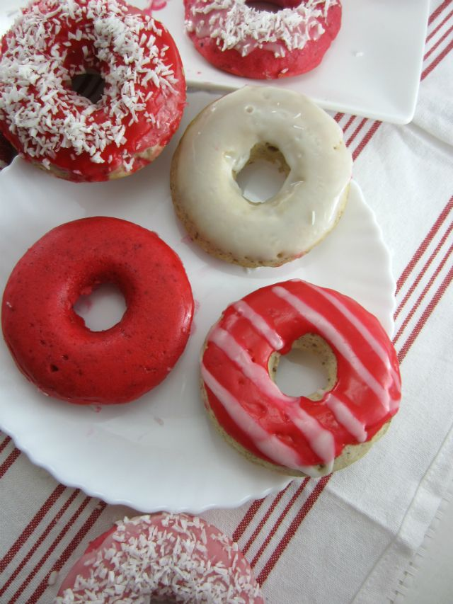 Homemade baked donuts, dairy-free, vegan, red and white for Canada Day! | http://homeatsix.com