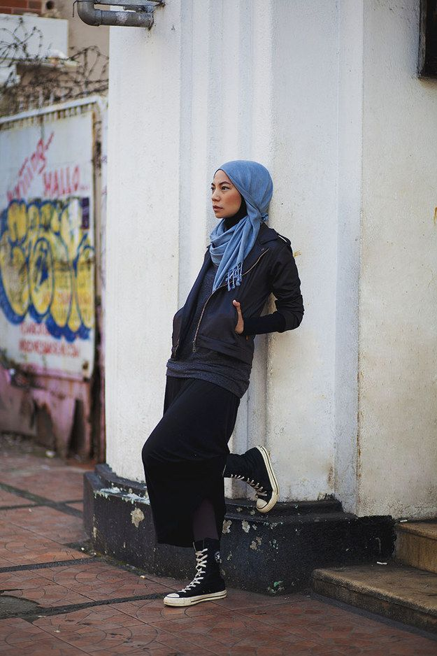 Dress down. | 23 Seriously Beautiful Hijab Styles To Try