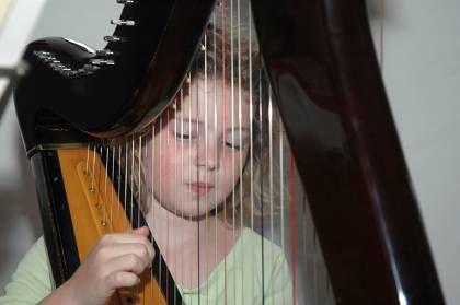 Υποβοηθούμενη ψυχοθεραπεία με μουσικές νότες - http://www.greekradar.gr/ipovoithoumeni-psichotherapia-me-mousikes-notes/