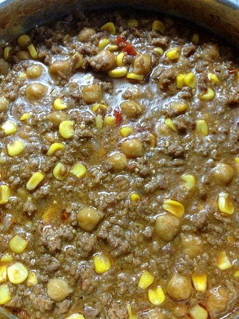 合挽き肉、玉ねぎ、コーン、タコスミックスシーズニング、塩胡椒、トウガラシ、煮込んで。ポテトチップスやタコス、ドリトスで食べると美味しいよ。 - 6件のもぐもぐ - Jan.3, 2013 チリコンカン by Sumichan