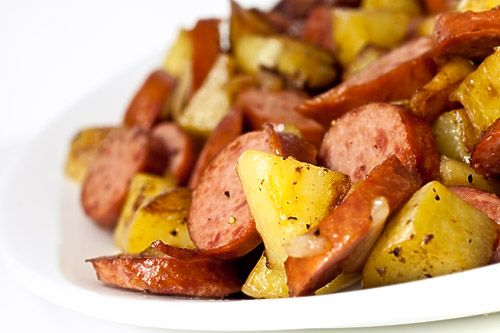 Kielbasa & Potatoes......This is delish! My kiddos <3 this, it's simple to make & my teen feels she is a Super Chef for making dinner!