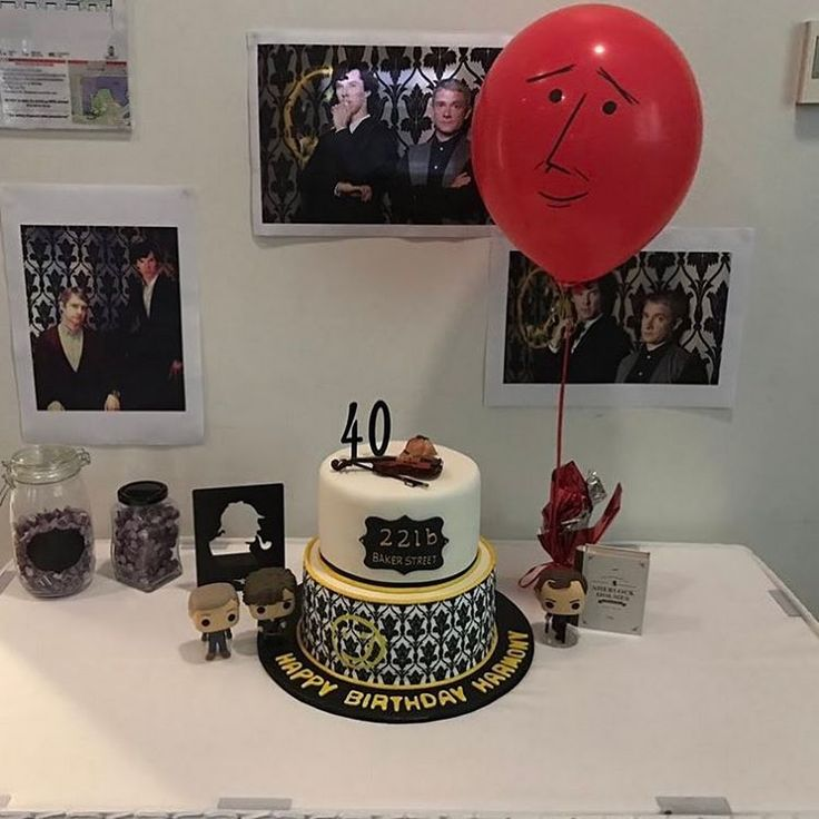 I'd like to have a Sherlock birthday party! jf