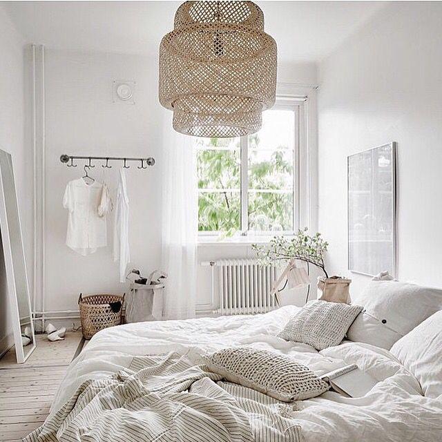 Schlafzimmer ganz in Weiß