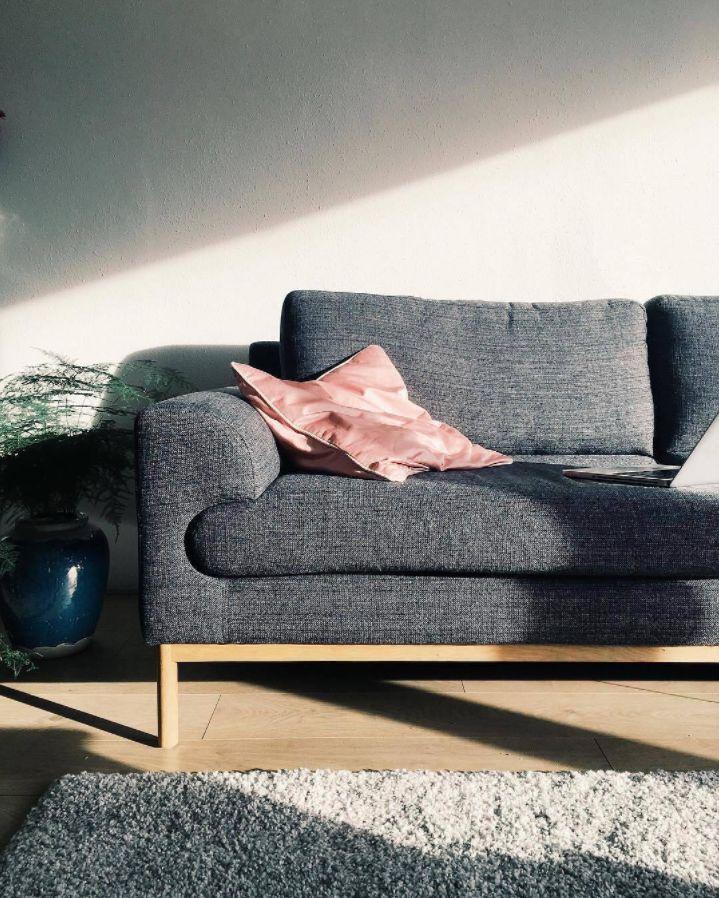 Ein Hauch von Rosa @judithvanveer #sofacompany_de #danishdesign #furniture #scandinaviandesign #interiordesign #furnituredesign #nordicinspiration #retrostyle #pink #Sofa