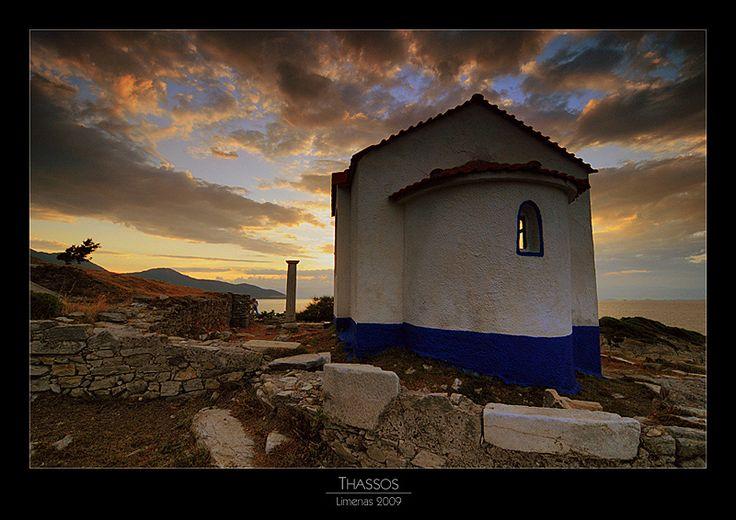 ξωκλήσι στον Λιμένα Θάσου ~ Chapel at Limenas, Thasos island by Ketaka
