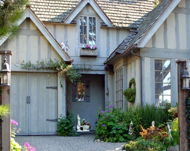 Top 25 ideas about Arkitektur on Pinterest   Herringbone, Cottages ...