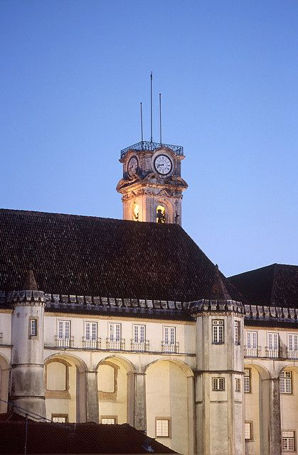 Coimbra - Tower of Coimbra University   Via Flickr ARPT Centro de Portugal